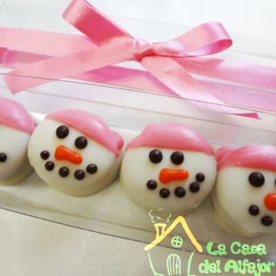 Lafrutita.com - Pack Navidad 05 - Codigo:AFN05 - Detalles: Deliciosos alfajores grandes de 6cm c/u rellenos con exquisito manjar blanco, la decoracion es en exquisita masa elastica, cada uno viene en elegante elvoltura de aluminio y la presentacion es en caja de regalo. Cantidad: 4 unidades - - Para mayores informes llamenos al Telf: 225-5120 o 476-0753.