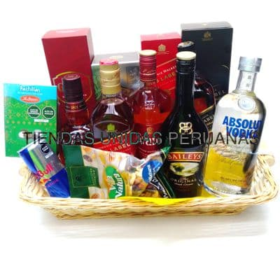 Canasta Año Nuevo 12 - Codigo:ANN12 - Detalles: Canasta de mimbre, incluyendo: