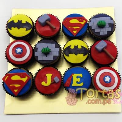 Cupcakes Avengers 12 - Codigo:AVC12 - Detalles: Deliciosos Cupcakes de vainilla, con decoracion en azucar segun imagen. 12 unidades variadas segun imagen. - - Para mayores informes llamenos al Telf: 225-5120 o 4760-753.