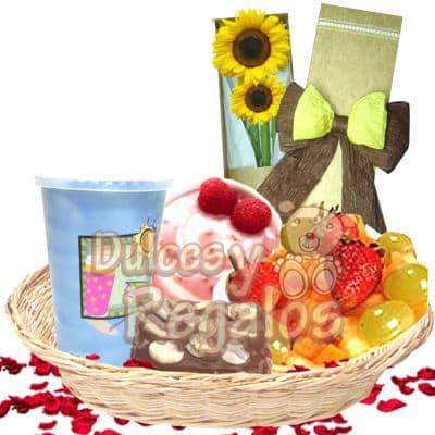 Diloconrosas.com - Desayuno Bella - Codigo:END16 - Detalles: Jugo de Naranja + Yogurt + Ensalada de frutas + Torta de Chocolate + Caja de 2 Girasoles + Cesta de mimbre + Juego de cubiertos de acr�lico + Individual decorativo + Tarjeta de dedicatoria - - Para mayores informes llamenos al Telf: 225-5120 o 476-0753.
