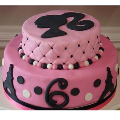 Torta Barbie 12 - Codigo:BRE12 - Detalles: Deliciosa torta de keke ingles rellena con fruta confitadas y pasa, bañada con manjar blanco y forrada con masa elastica con medidas con 1er piso de 25 cm de diametro y 2do piso de 15 cm de diametro, siluetas en fotoimpresion. - - Para mayores informes llamenos al Telf: 225-5120 o 4760-753.