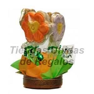 Tortas.com.pe - Flores de chocolates 07 - Codigo:CHF07 - Detalles: Linda base de ceramica con 4 lindas florcitas primaverales, incluye tarjeta de dedicatoria.Este producto se realiza con 48 horas de anticipaci�n.  - - Para mayores informes llamenos al Telf: 225-5120 o 476-0753.