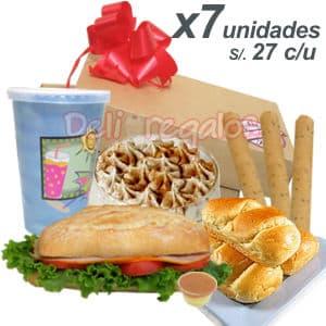 DesayunoPeru x 7 - Codigo:CJP04 - Detalles: 7 exquisitos Desayunos conteniendo cada uno: Caja de regalo, jugo especial de fruta, s�ndwich mixto en pan especial, postre suspiro, porci�n de palitos. Juego de cubiertos y tarjeta de dedicatoria. - - Para mayores informes llamenos al Telf: 225-5120 o 4760-753.