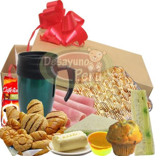 Tres leches Gourmet - Codigo:CJP21 - Detalles: Caja de regalo sorpresa conteniendo jarro t�rmico, Jugo de frutas, panecillos gourmet, s�ndwich triple, cupcake de cortes�a, porci�n de mermelada, porci�n de jamones y delicioso postre de tres leches Incluye tarjeta de dedicatoria.  - - Para mayores informes llamenos al Telf: 225-5120 o 4760-753.