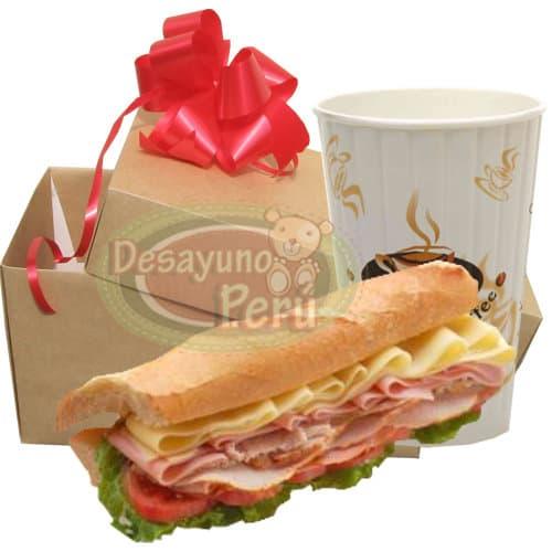 Grosso Peruanisimo 40cm - Codigo:CJP25 - Detalles: 40cm de delicioso s�ndwich mixto de jamones y queso, vaso de refrescante jugo de frutas. El presente viene en una caja de regalo. Incluye tarjeta de dedicatoria. Este presente se prepara a base de pan baguette, debe ordenarse solo para el horario de 9 a 12 del medio d�a. si lo ordena para intervalos mas tempranos el presente se prepara a base de 4 panes Bimbo especiales de jam�n y queso.  - - Para mayores informes llamenos al Telf: 225-5120 o 4760-753.