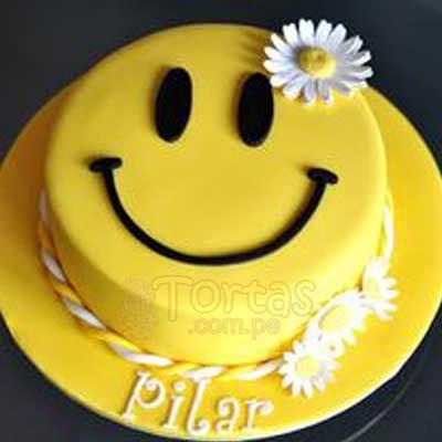 CUMPLEAÑOS 02 - Codigo:CUM02 - Detalles: Deliciosa torta de keke ingles bañada con manjar y forrada con masa elastica de Medida 20 cm diametro, torta cara feliz, base forrado en papel de aluminio. - - Para mayores informes llamenos al Telf: 225-5120 o 4760-753.