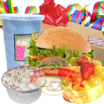 Desayuno/Lonche Estrella - Codigo:DEA29 - Detalles: Delicioso desayuno / lonche conteniendo  un  refrescante  jugo de frutas, sandwich en pan especial de lomito ahumado, postre de tres leches/muffin ba�ado con chocolate, tartaleta, tarjeta  de  dedicatoria, cubiertos y servilleta.  Como detalle especial el  regalo viene con serpentina de regalo.  - - Para mayores informes llamenos al Telf: 225-5120 o 4760-753.