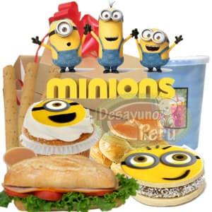 I-quiero.com - Desayuno Minions - Codigo:DNN12 - Detalles: Cajita de regalo,jugo de frutas, muffin de vainilla con dise�o minions, alfajor especial gigante de 7cm con foto-impresion totalmente comestible de minions, palitos de queso, sandwich de lomito ahumado. - - Para mayores informes llamenos al Telf: 225-5120 o 476-0753.
