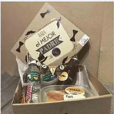 I-quiero.com - Desayuno especial 06 - Codigo:DSP06 - Detalles: Desayuno para pap� incluye una cerveza artesanal, sandwich mixto, 1 sandwich de pollo con durazno, ensalada, postre de tres leches, 3 palitos de queso , 3 palitos de ajonjoli, 1 jugo de frutas, 2 bonobon , servilleta ,cubiertos, todo en una linda caja de regalo con motivos para pap�. - - Para mayores informes llamenos al Telf: 225-5120 o 476-0753.