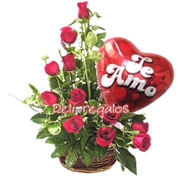 Diloconrosas.com - 11 Rosas con Globo - Codigo:ARL04 - Detalles: Arreglo Floral compuesto por Cesta de Mimbre, 11 rosas rojas, follaje de estaci�n y Globo metalico grande de 20cm con mensaje, - - Para mayores informes llamenos al Telf: 225-5120 o 476-0753.