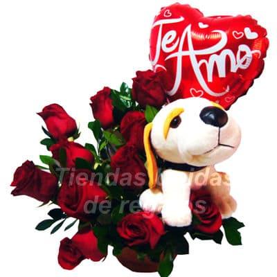 Diloconrosas.com - Topiario de Rosas - Codigo:ARL45 - Detalles: Elegante Topiario de 6 rosas importadas,  follaje de estacion peluche de perrito de 15 cm y base de mimbre   - - Para mayores informes llamenos al Telf: 225-5120 o 476-0753.