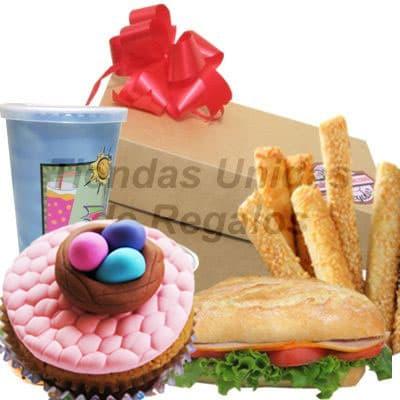 Desayuno Pascua - Codigo:EAS01 - Detalles: Caja de regalo conteniendo, Jugo de Frutas, palitos de queso, sanwich de lomito ahmado y cupcake con dise�o de pascua - - Para mayores informes llamenos al Telf: 225-5120 o 4760-753.