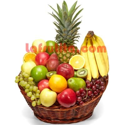 Lafrutita.com - Frutero Especial 05 - Codigo:FGR05 - Detalles: Cesta Grande conteniendo, 5 pl�ntanos, 4 manzanas, 1 pi�a, 2 racimos de uva, 2 peras, 2 kiwis, 2 mangos, 2 naranjas. El presente viene sellado al vacio para garantizar su frescura. La foto de la cesta es referencia.   - - Para mayores informes llamenos al Telf: 225-5120 o 476-0753.