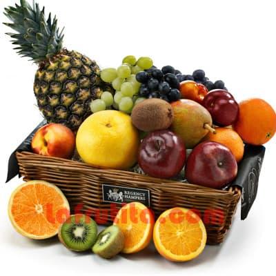 I-quiero.com - Frutero Grande 09 - Codigo:FGR09 - Detalles: Cesta Grande conteniendo, 5 pl�ntanos, 4 manzanas, 1 pi�a, 2 racimos de uva, 2 peras, 2 kiwis, 2 mangos, 2 naranjas. El presente viene sellado al vacio para garantizar su frescura. La foto de la cesta es referencia.   - - Para mayores informes llamenos al Telf: 225-5120 o 476-0753.