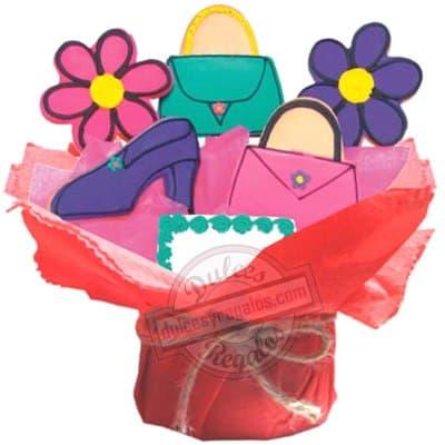 Lafrutita.com - Cosas de chicas - Codigo:GLA23 - Detalles: Cinco deliciosas galletas de vainilla: 2 flores, 1 zapato, 2 carteras; decoradas con masa el�stica. El presente viene con una base de cer�mica e incluye tarjeta de dedicatoria. - - Para mayores informes llamenos al Telf: 225-5120 o 476-0753.