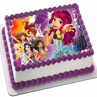 Tortas.com.pe - Torta Lego Friends 02 - Codigo:LGT05 - Detalles: keke De Vainilla   ba�ado en manjar y forrado en su totalidad con masa elastica, con las siguientes medidas: 20x20cm, imagen en foto impresi�n comestible - - Para mayores informes llamenos al Telf: 225-5120 o 476-0753.