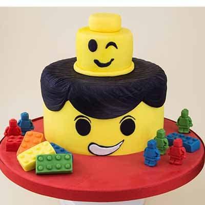 Tortas.com.pe - Torta Lego 05 - Codigo:LGT08 - Detalles: keke De Vainilla   ba�ado en manjar y forrado en su totalidad con masa elastica, con las siguientes medidas: 15cm de di�metro, carita superior de material no comestible forrado con masa el�stica, mu�equitos y bloques modelados - - Para mayores informes llamenos al Telf: 225-5120 o 476-0753.