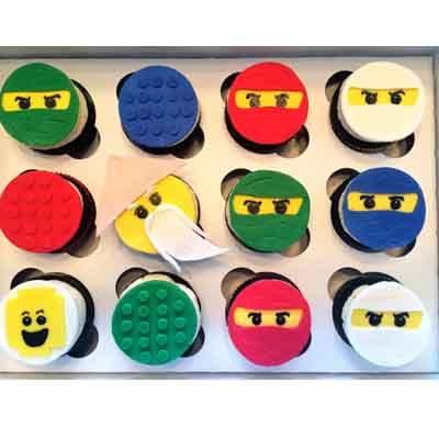 Tortas.com.pe - Torta Lego Ninjago 03 - Codigo:LGT25 - Detalles: 12 Muffins artisticos de vainilla, decorados con masa el�stica - - Para mayores informes llamenos al Telf: 225-5120 o 476-0753.