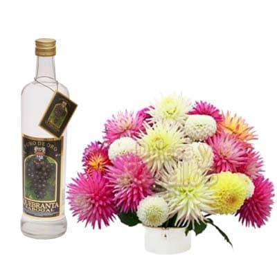 Tortas.com.pe - Pisco y Arreglo Floral - Codigo:LIC27 - Detalles: Exclusivo Pisco Sabogal de uva quebranta en presentacion de 750ml. Incluye un detalle floral de 25cm de alto a base de flores de estacion en base ceramica, el presnte incluye tarjeta de dedicatoria. - - Para mayores informes llamenos al Telf: 225-5120 o 476-0753.