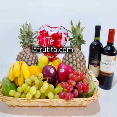 Cesta de Frutas con Cava   Regalos con licores para damas   Cesta de Frutas con vinos - Cod:LVN07
