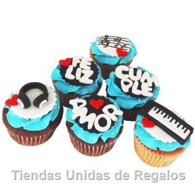 Deliregalos.com - Deliciosos muffins de vainilla, con decoracion en riquisima masa elastica. Incluye decoracion seg�n imagen. El presente viene en una caja de regalo. - Atendemos 24 horas. Llamar al 225-5120 o via Whatsapp: 980-660044