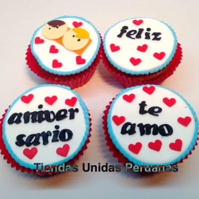 Deliregalos.com - Deliciosos muffins de vainilla, con decoracion en riquisima masa elastica. Incluye decoracion seg�n imagen. El presente viene en una caja de regalo. .  - Atendemos 24 horas. Llamar al 225-5120 o via Whatsapp: 980-660044