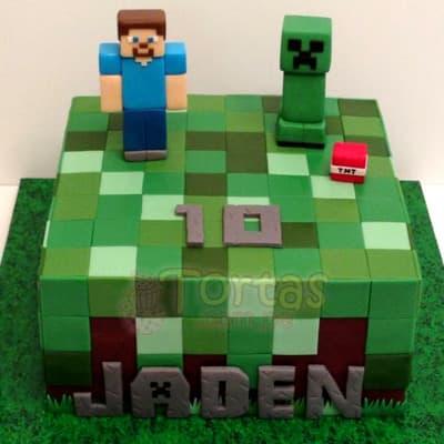 Lafrutita.com - Torta Minecraft 02 - Codigo:MCT02 - Detalles: Espectacular torta a base de keke De Vainilla, ba�ado con manjar blanco y forrado con masa elastica. La torta incluye mu�ecos segun imagen en azucar. El tama�o de la torta es de 15cm x 15cm - - Para mayores informes llamenos al Telf: 225-5120 o 476-0753.