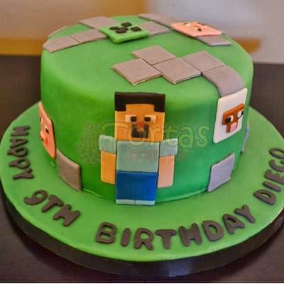 Lafrutita.com - Torta MineCraft06 - Codigo:MCT06 - Detalles: Espectacular torta a base de keke De Vainilla, ba�ado con manjar blanco y forrado con masa elastica. La torta incluye mu�ecos segun imagen en azucar. El tama�o de la torta es de 15cm de diametro. Incluye base en masa elastica - - Para mayores informes llamenos al Telf: 225-5120 o 476-0753.