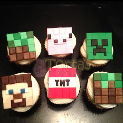 Muffins MineCraft 09 - Codigo:MCT09 - Detalles: 6 deliciosos muffins de vainilla bañados con manjar blanco y forrados en masa elastica segun imagen. incluye los diseños Minecraft - - Para mayores informes llamenos al Telf: 225-5120 o 4760-753.