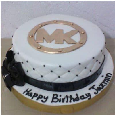 Deliregalos.com - CARTERAS MK10 - Codigo:MMK10 - Detalles: Deliciosa torta de keke De Vainilla  ba�ada con manjar blanco y forrada con masa elastica con medidas de 25 cm de diametro - - Para mayores informes llamenos al Telf: 225-5120 o 476-0753.