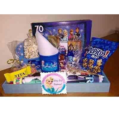 Lafrutita.com - Desayuno ni�a 01 - Codigo:NAS01 - Detalles: Desayuno frozzen compuesto por taza personalizada, porcion de popcorn, mini galletas chocochip, 1 caja de leche chocolatada, 1 caja de frugos, 1 tartaleta, 2 bonobon, 1 sandwich mixto, 1 sticker en tama�o A5 de frozzen, 1 poster tama�o A4, todo en una caja de rgalo - - Para mayores informes llamenos al Telf: 225-5120 o 476-0753.