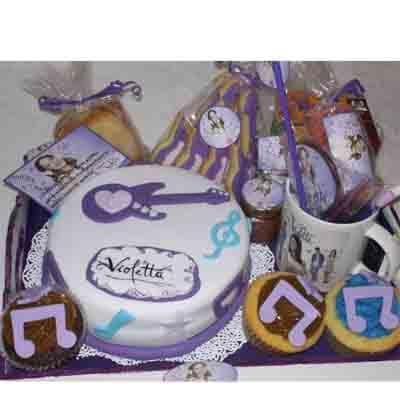 Lafrutita.com - Desayuno ni�a 06 - Codigo:NAS06 - Detalles: Desayuno violeta, taza personalizada, con infusiones, 1 sandwich de pollo con durazno, 3 muffin decorados con masa elastica, 3 galletas decoradas con masa elastica, 2 bonobon, torta de 15 cm decorada con masa elastica, todo en una bandeja - - Para mayores informes llamenos al Telf: 225-5120 o 476-0753.