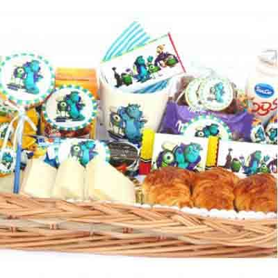 Tortas.com.pe - Desayuno ni�o11 - Codigo:NOS11 - Detalles: Desayuno monster inc compuesto por taza personalizada, porcion de popcorn, mini galletas chocochip, 1 caja de leche chocolatada, 1 caja de frugos, 1 tartaleta, 2 bonobon, 1 sandwich de lomito ahumado, 1 sticker en tama�o A5 de frozzen, 1 poster tama�o A4, todo en una caja de rgalo, 2 chupetines - - Para mayores informes llamenos al Telf: 225-5120 o 476-0753.