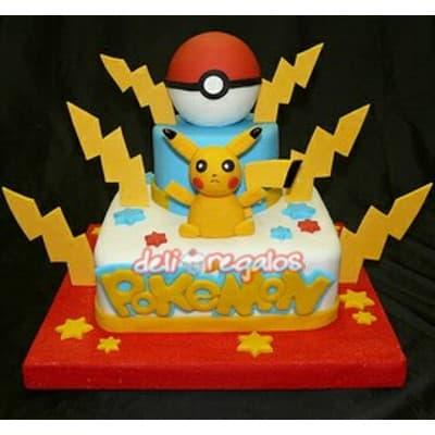 Torta Pokemon 11 - Codigo:PKG11 - Detalles: Deliciosa torta de keke ingles bañada con manjar blanco y decorada con masa elastica. Medidas 20cm x20cm y el segundo piso de 15cm de diametro. Presente incluye dedicatoria. Incluye PokeBola, rayos y Pikachu  - - Para mayores informes llamenos al Telf: 225-5120 o 4760-753.