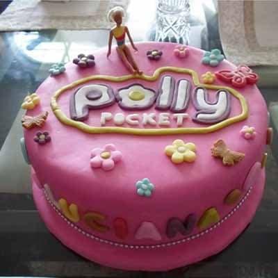 Lafrutita.com - Torta Polly pocket 01 - Codigo:PLL01 - Detalles: keke De Vainilla   ba�ado en manjar y forrado en su totalidad con masa elastica, con las siguientes medidas: 25cm de di�metro, no incluye mu�eca - - Para mayores informes llamenos al Telf: 225-5120 o 476-0753.