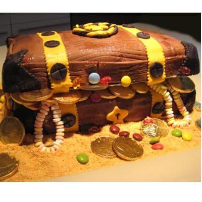 Deliregalos.com - PIRATA 11 - Codigo:PRT11 - Detalles: Deliciosa torta de keke De Vainilla  ba�ada con manjar blanco y forrada con masa elastica con medidas de 20 x 30 cm de diametro en doble altura - - Para mayores informes llamenos al Telf: 225-5120 o 476-0753.