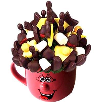 Lafrutita.com - Detalle Frutal en Taza 11 - Codigo:QFE11 - Detalles: Lindo detalle para regalar compuesto por: Taza art�stica de colores que contiene fresas de estaci�n con chocolate seg�n la imagen, el producto viene en un elegante papel celofan. Este producto debe solicitarse con 24 horas de anticipaci�n y tampoco podr� se entregado antes de las 8am.  - - Para mayores informes llamenos al Telf: 225-5120 o 476-0753.