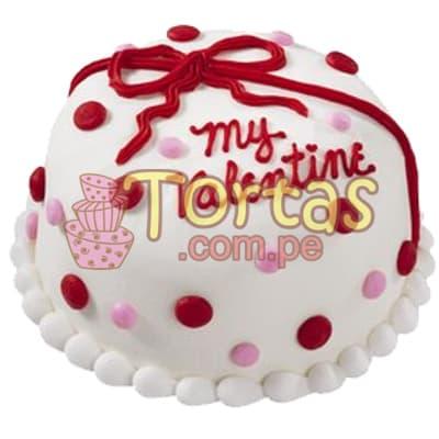 Deliregalos.com - Torta San Valentin 02 - Codigo:SDV02 - Detalles: Deliciosa torta de 10x10cm, keke De Vainilla ba�ado con manjar blanco y decorado totalmente con fina masa elastica segun imagen.  - - Para mayores informes llamenos al Telf: 225-5120 o 476-0753.
