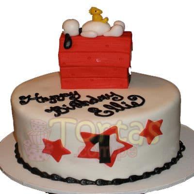 Tortas.com.pe - Torta Snoopy 09 - Codigo:SNP09 - Detalles: Torta hecha a base de queque De Vainilla  ,    en manjar blanco, forrado y decorado en su totalidad con masa el�stica. Mide 20 cm. De di�metro. Incluye toda la decoraci�n en masa el�stica. Base forrada en papel aluminio.  - - Para mayores informes llamenos al Telf: 225-5120 o 476-0753.