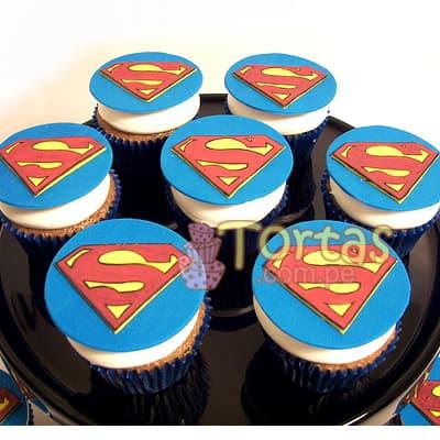Tortas.com.pe - Cupcakes Superman 14 - Codigo:SPN14 - Detalles: Deliciosos 7 cupcakes de vainilla ba�ados con manjar y forrados con masa elastica segun imagen - - Para mayores informes llamenos al Telf: 225-5120 o 476-0753.