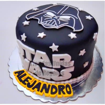 I-quiero.com - Torta StarWars02 - Codigo:STW02 - Detalles: Torta hecha a base de queque De Vainilla   ba�ao en manjar blanco. Forrado y decorado en su totalidad en masa elastica. De las medidas de 20cm. De diametro.  - - Para mayores informes llamenos al Telf: 225-5120 o 476-0753.