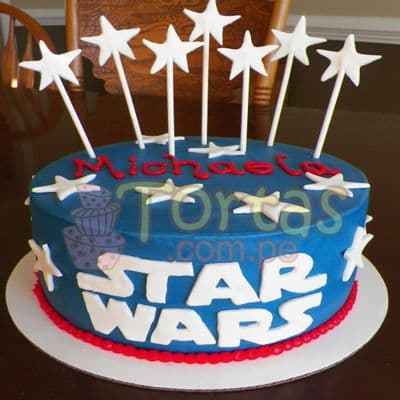 Deliregalos.com - Torta StarWars 08 - Codigo:STW08 - Detalles: Torta de queque De Vainilla  ,    en manjar blanco, forrado y decorado en masa elastica. De las medidas de 20cm. De diametro.  - - Para mayores informes llamenos al Telf: 225-5120 o 476-0753.