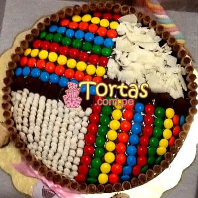 Torta Candy 09 - Codigo:TAA09 - Detalles: Espectacular torta a base de keke ingles bañado con manjar . Contiene dulces segun imagen bastones dulces a los costados y caramelos surtidos en la parte superior. Tamaño de la torta: 25cm de diametro  - - Para mayores informes llamenos al Telf: 225-5120 o 4760-753.