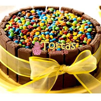 Torta Candy 12 - Codigo:TAA12 - Detalles: Espectacular torta a base de keke ingles bañado con manjar . Contiene dulces segun imagen bastones dulces a los costados y caramelos surtidos en la parte superior. Tamaño de la torta: 20cm de diametro  - - Para mayores informes llamenos al Telf: 225-5120 o 4760-753.
