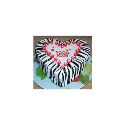 Torta Animal print 07 - Codigo:TAP07 - Detalles: Deliciosa torta corazon de keke ingles, bañado con manjar blanco y forrado con masa elástica. Rinde aproximadamente 20 porciones. - - Para mayores informes llamenos al Telf: 225-5120 o 4760-753.