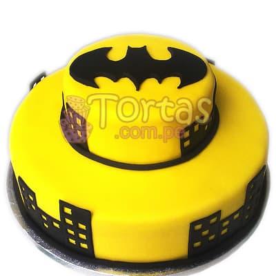 Torta de dos pisos Batman 05 - Codigo:TBA05 - Detalles: Deliciosa torta a base de queque ingles rellena de manjar blanco y decorada en masa elástica. Medidas: primer piso de 25cm de diamtro y segundo piso de 14cm de diametro. El presente incluye tarjeta de dedicatoria. - - Para mayores informes llamenos al Telf: 225-5120 o 4760-753.