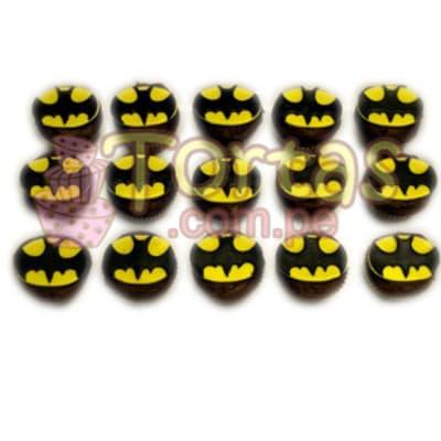 Muffins Batman 10 - Codigo:TBA10 - Detalles: Deliciosos 15 muffins de vainilla decorados en azucar con diseño de batman.  El presente incluye tarjeta de dedicatoria. - - Para mayores informes llamenos al Telf: 225-5120 o 4760-753.
