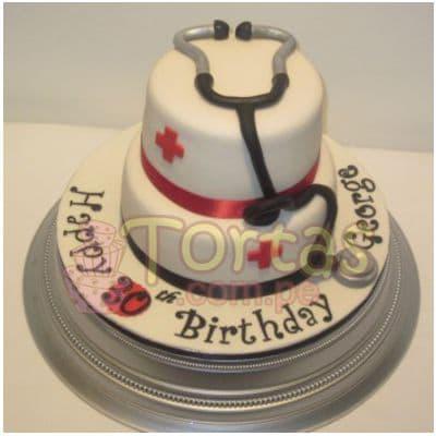 Torta Doctor 04 - Codigo:TDC04 - Detalles: Torta hecha a base de queque ingles, relleno de fruta confitada, pasas, bañado en manjar blanco, forrado y decorado en masa elástica. De las medidas primer nivel 20cm. Y segundo nivel de 15cm. De diametro.  - - Para mayores informes llamenos al Telf: 225-5120 o 4760-753.