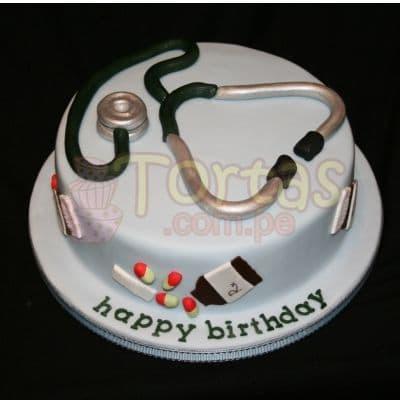 Torta Doctor 07 - Codigo:TDC07 - Detalles: Torta hecha a base de queque ingles, relleno de fruta confitada, pasas, bañado en manjar blanco, forrado y decorado en masa elástica. De las medidas 20cm. De diametro.  - - Para mayores informes llamenos al Telf: 225-5120 o 4760-753.