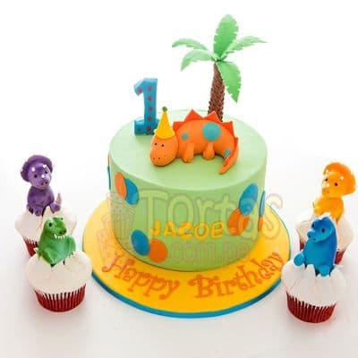 Deliregalos.com - Torta Dinosaurio 07 - Codigo:TDN07 - Detalles: Torta de queque ingles relleno de fruta confitada, pasas, ba�ado en manjar blanco, forrado y decorado en masa elastica. Las medidas 20cm de diametro.incluye Dinosaurio  en masa elastica. No incluye cupcakes y �rbol. Base forrada en masa el�stica.  - - Para mayores informes llamenos al Telf: 225-5120 o 476-0753.